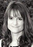 Sara Shepard Profile Picture