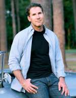 View author bio and details for Nicholas Sparks